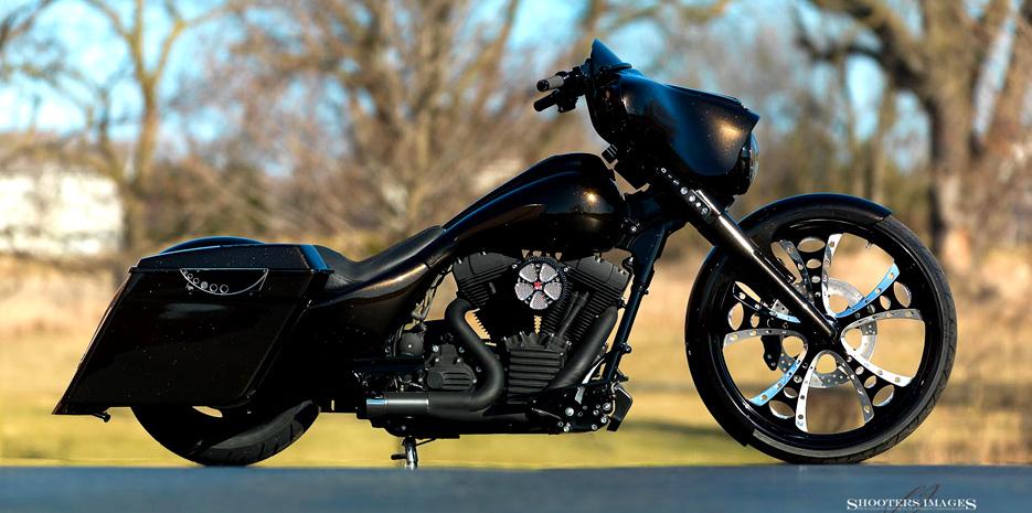 black-gold-glide-1